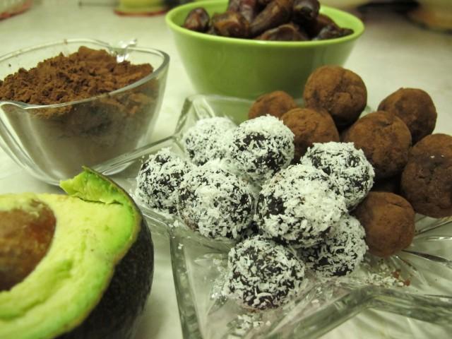healthy dessert naturopath london recipe chocolate truffle